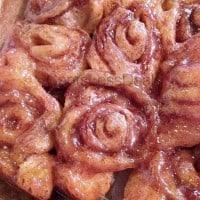 5 ingredient gooey cinnamon rolls
