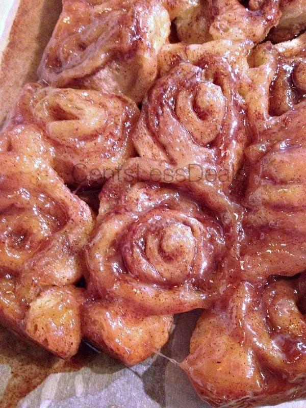 4 ingredient gooey cinnamon rolls