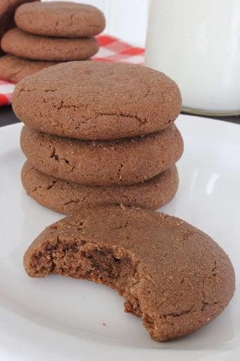 4 ingredient chocolate peanutbutter cookies