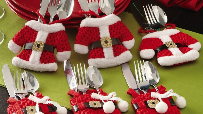 Set of 6 Santa Suit Christmas Silverware Holders Only $4.03 Shipped!