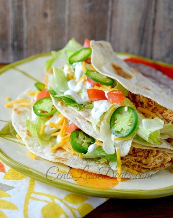 easy crockpot chicken tacos