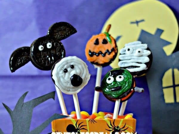 Fun Halloween activity for kids! Create your own monster pops and jack o lantern snacks!