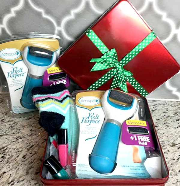 Diy pamper yourself gift basket idea sponsored by amop pedi amope gift basket solutioingenieria Image collections