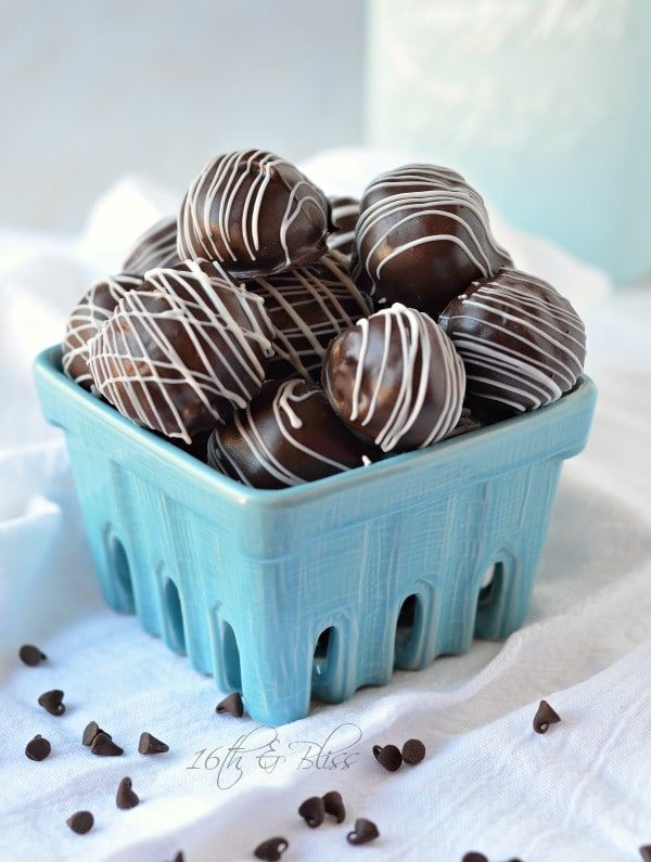no bake chocolate chip cookie dough truffles