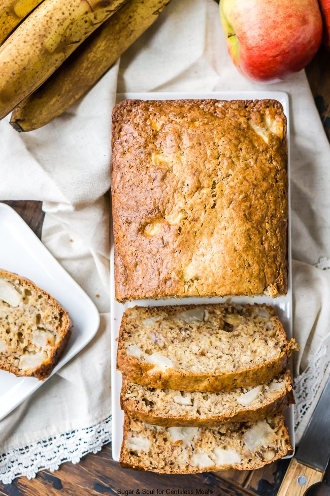 This Apple Banana Bread has ripe bananas, apple chunks, and chopped walnuts making this snack very addictive and super easy to make!