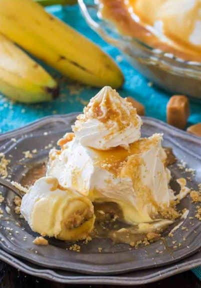 Salted Caramel Banana Cream Pie is a delicious no bake pie, that is luxuriously creamy and filled with banana flavor combined with salted caramel.
