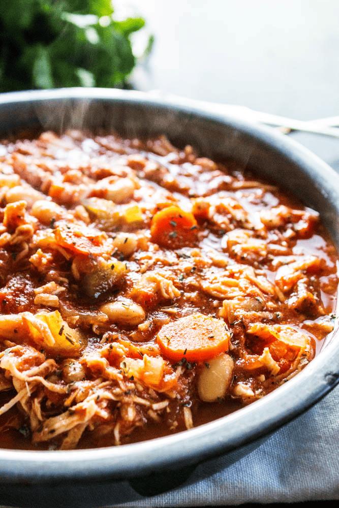 Chicken stew in a pan