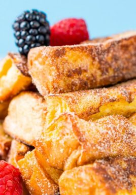 Cinnamon Sugar French Toast Sticks are a twist on the classic recipe. Made with bread, eggs, milk, almond extract, cinnamon, and sugar, these french toast sticks are so delicious! #centslessmeals #easybreakfast #breakfastideas #frenchtoast #frenchtoaststicks #kidfriendly #breakfast #brunchideas #easybrunch
