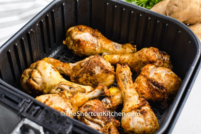Air Fryer Drumsticks cooked in the air fryer