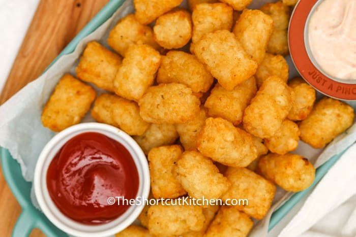 Air Fryer Frozen Tater Tots with dip