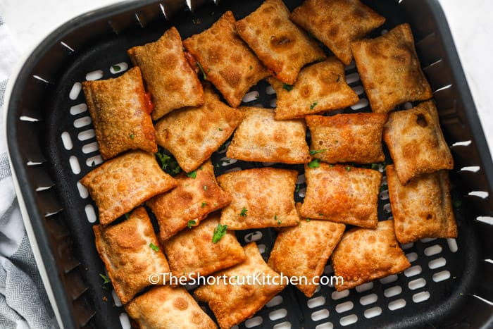 cooked Air Fryer Hot Pizza Rolls in the air fryer