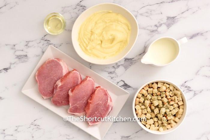ingredients to make Smothered Pork Chops