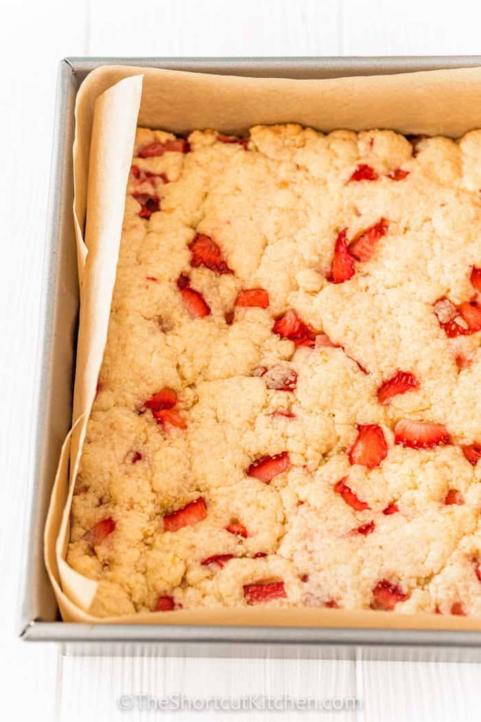 cooked Strawberry Shortcake Bars in the pan