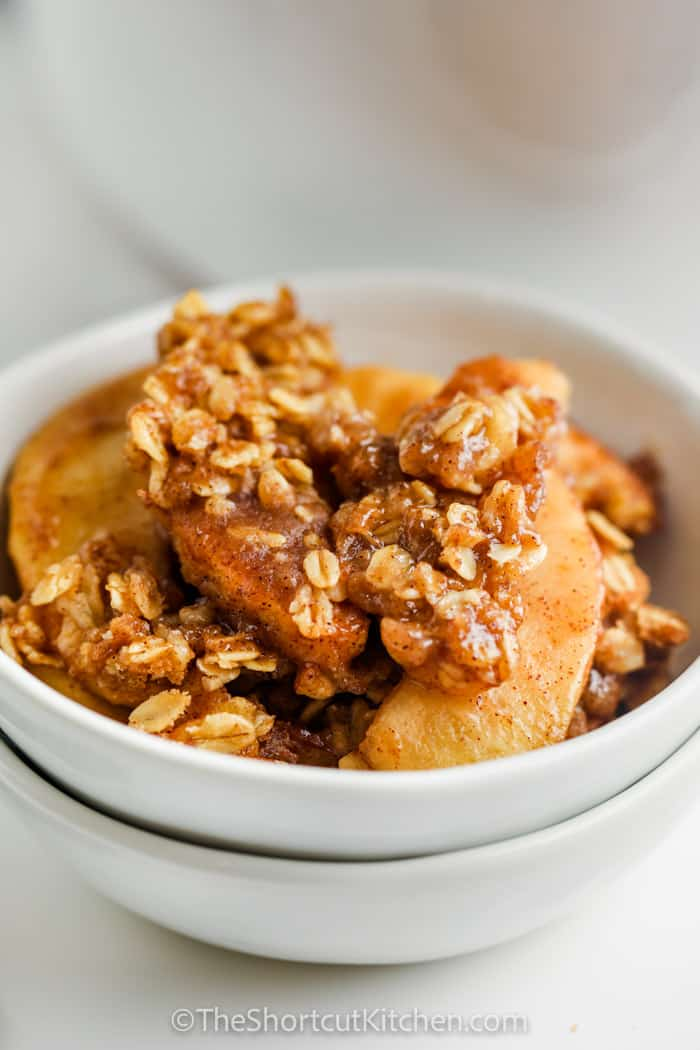 Crock Pot Apple Crisp in a bowl